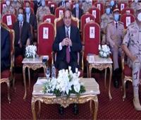 الرئيس يشهد فيلما تسجيليا بعنوان «لمسة وفاء» عن المشير طنطاوي