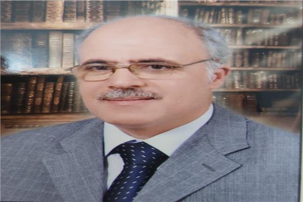 الكاتب الصحفى محمود الخولي