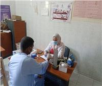 الكشف على ٧٨٥ مواطنا في قافلة طبية مجانية بقرية أبو دياب بقنا