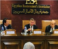 وزير قطاع الأعمال :  نستهدف الوصول إلى 5000 عميل للترويج ل 30ألف منتج مصري