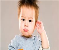 في حالة غريبة.. طبيب يعثر على أسنان في أذن طفل