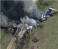 تحطم طائرة أمريكية ونجاة ركابها