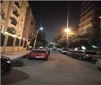 رفع إشغالات الباعة الجائلين وإصلاح أعمدة الإنارة بشوارع حي شرق مدينة نصر