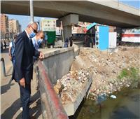 «الهجان» يقود حملة لإزالة الإشغالات بشوارع بنها فى «القليوبية»