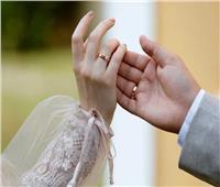 زوجة تطلب من زوجها ان يتزوج شقيقتها
