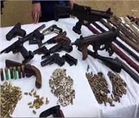 ضبط 172 سلاحا ناريا و275 قضية مخدرات وتنفيذ 63 ألف حكم.. في يوم